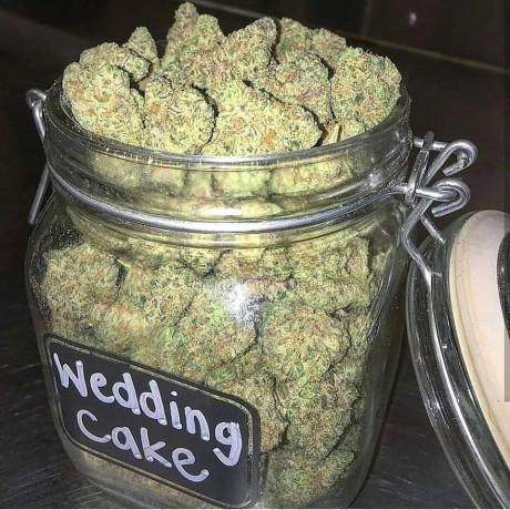 indoor-and-ourdoor-marijuana-big-0
