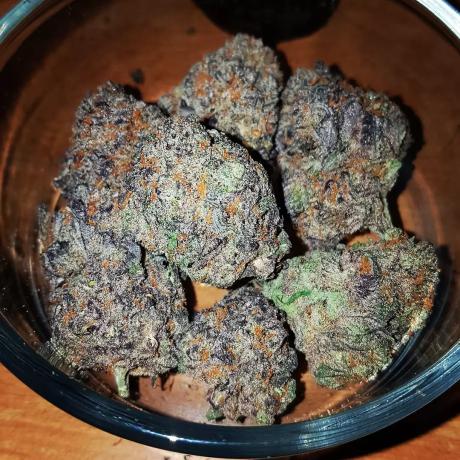 top-quality-marijuana-cartridges-and-shatter-big-2
